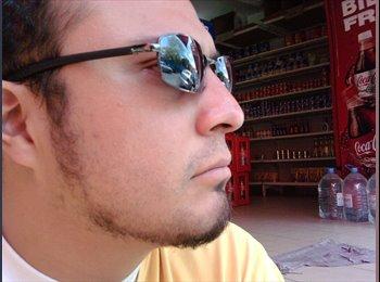 Alejandro - 29 - Profesional