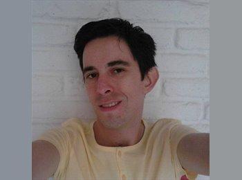 Luis Enrique - 24 - Profesional