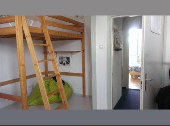 EasyKamer NL - Kamer ruim 17m2 te huur in Delft Tanthof - Delft, Delft - €400