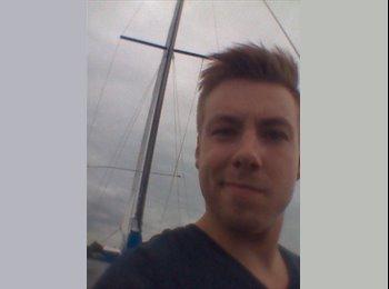EasyKamer NL - Lukasz - 26 - Almere