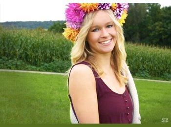Katharina  - 21 - Student