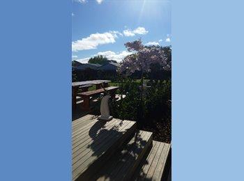 NZ - Warm room,massive backyard.Nice big deck with BBQ - Hornby, Christchurch - $231