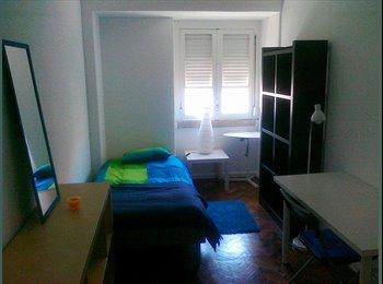 quarto totalmente mobilado casa grande centro lx