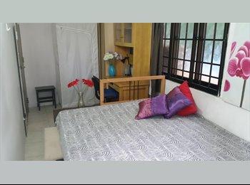 Novena - Lovely bedroom with Balcony