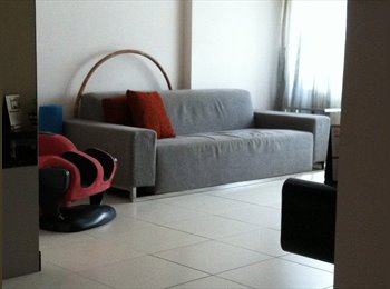 2 mins to the MRT station and 24/7 amenities
