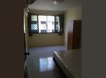 Yishun Blk 346 Spacious Room for rent (new bed)