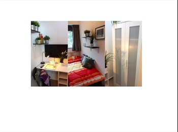 EasyRoommate SG - 3 Mins Walk to MRT. One Stop to Dhoby Ghaut MRT - Orchard, Singapore - $1300