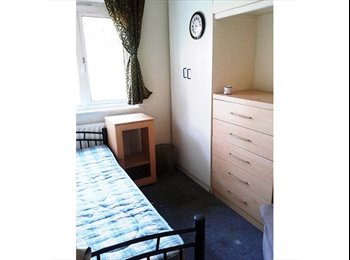 Double Room To Let in City Center, Birmingham B16