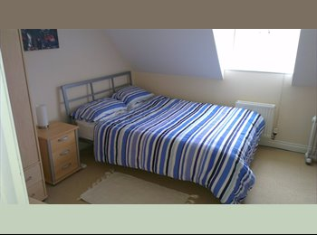 Double room to rent in quiet friendly household.