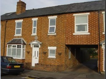 EasyRoommate UK - Furnished Room in Shared House  - Stratford Upon Avon - Stratford-upon-Avon, Stratford-upon-Avon - £400