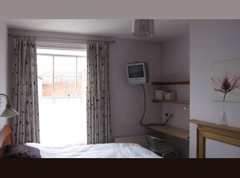 Super single room to rent in Kenilworth