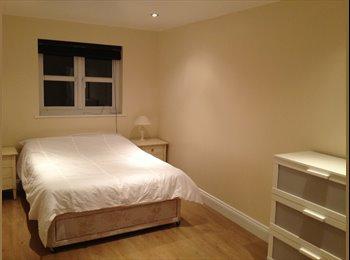EasyRoommate UK - Double Room for Rent in Bicknacre House-Share - Bicknacre, Chelmsford - £400