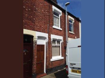 EasyRoommate UK - Ideal for Staffordshire University - Quiet Street - Stoke-on-Trent, Stoke-on-Trent - £280