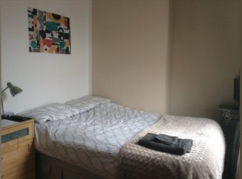 Double room to rent in East London