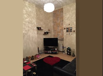 Nice double room available in city centre