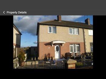 EasyRoommate UK - Double room to let - Castleford, Wakefield - £400