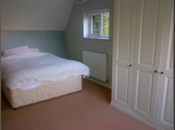 EasyRoommate UK - En Suite Room in North Leamington close to town - Royal Leamington Spa, Leamington Spa - £475