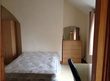EasyRoommate UK - Leicester students looking for 5th Housemate - Highfields, Leicester - £286