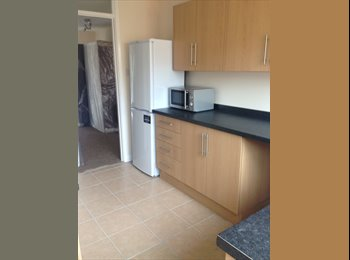 EasyRoommate UK - Room to Let In Chichester - Chichester, Chichester - £390