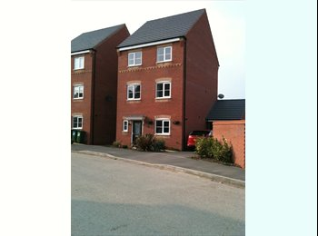EasyRoommate UK - Middle Floor in Shared House - Braunstone, Leicester - £600