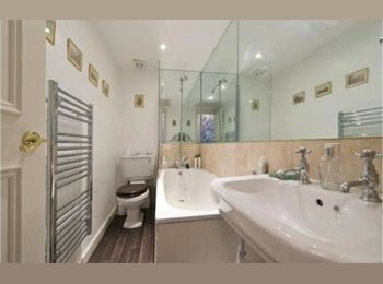 Available immediately! Fantastic double room