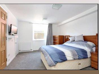 EasyRoommate UK - Spacious Double Bedroom with own Bathroom - Aberdeen, Aberdeen - £700