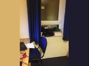 EasyRoommate UK - Room available - Luton, Luton - £400