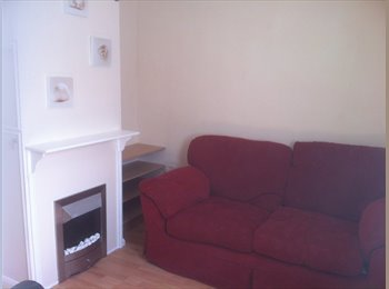 Furnished double room in SN5
