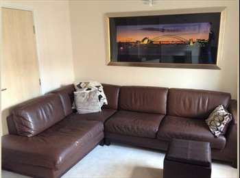EasyRoommate UK - Derby (Chester Green) Rental available immediately - Derby, Derby - £500