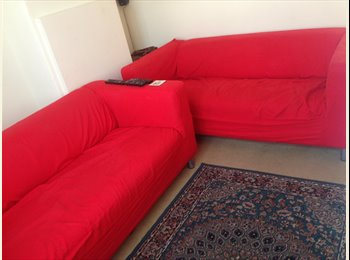 EasyRoommate UK - One double room and one single room to let in Chi - Chichester, Chichester - £412