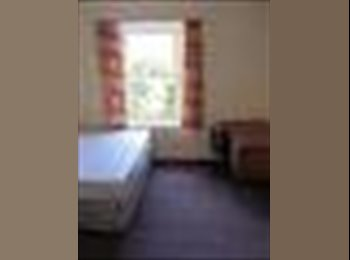 EasyRoommate UK - DOUBLE ROOM AVAILABLE! FULLY FURNISHED & PARKING - Dundee, Dundee - £340