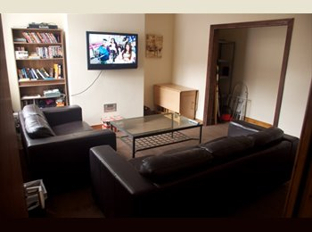 EasyRoommate UK - Includes FULL SKY TV package and 152 Meg broadband - Preston, Preston - £325