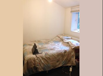 EasyRoommate UK - DOUBLE ROOM - 10 MIN WALK FROM BRIGHTON TOWN - Brighton, Brighton and Hove - £390