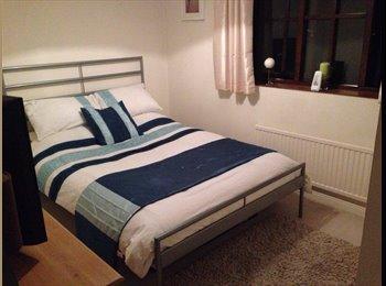 EasyRoommate UK - Room to Let - Bishop's Stortford, Bishop's Stortford - £500