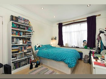 Lovely Big Double Bedroom Available from 14th Dec!