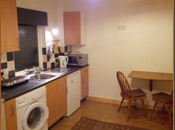 SHORT LET/HOLIDAY  FLAT _ ALL COMFORTS