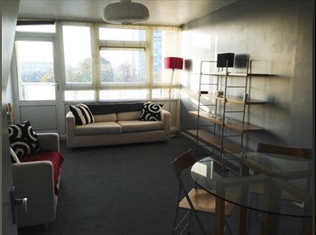 Limehouse, Two Double Bedroom Flat With Balcony