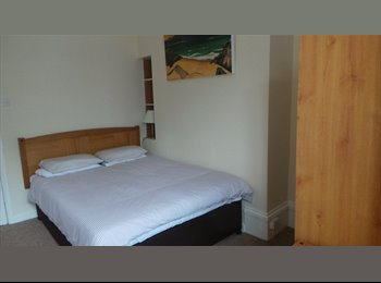 EasyRoommate UK - Room to let in new refurbished guesthouse - Eastbourne, Eastbourne - £455