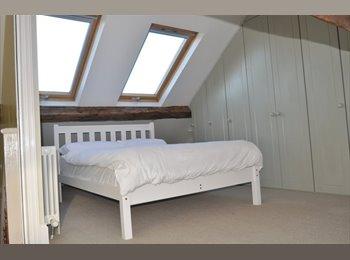 EasyRoommate UK - Double rooms in stylish house nr Leam Terrace - Royal Leamington Spa, Leamington Spa - £425