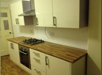 EasyRoommate UK - Double Room to let - Taunton, South Somerset - £395