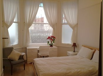 EasyRoommate UK - Double room with sea view available mond to frid - St. Leonards-on-Sea, Hastings - £350