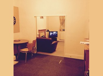 EasyRoommate UK - Fully Furnished 2 Person Houseshar - Bamber Bridge, Preston - £275