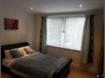 EasyRoommate UK - CLEAN STUDIO FLAT IN NEWBURY PARK ALL BILLS INC. - Newbury Park, London - £700