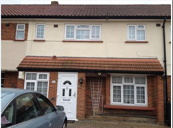 EasyRoommate UK - 2 Double and 1 Single bed to rent in Large House - Feltham, London - £500