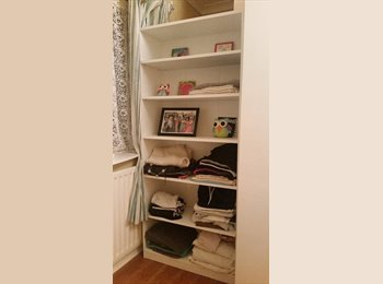 EasyRoommate UK - Big bedroom available from 1 Jan near Warwick Uni - Canley, Coventry - £320