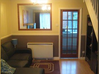 EasyRoommate UK - nice double room in bushmead luton - Stopsley, Luton - £400