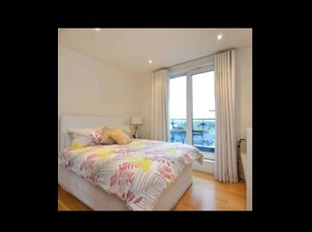 EasyRoommate UK - Lovely Double Room in Imperial Wharf - Fulham, London - £1200