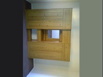 EasyRoommate UK - lovely apartment available - New Cross, London - £950