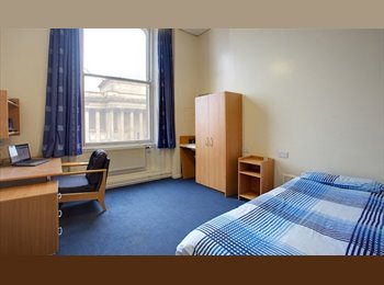 EasyRoommate UK - Room in Halls - Liverpool Centre, Liverpool - £377