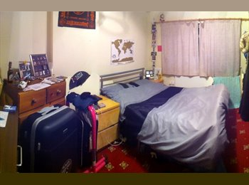 EasyRoommate UK - Double room available for a couple in Acton Town - Acton, London - £631